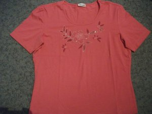 Kurzarm T-Shirt in pink / magenta mit Applikation von Gerry Weber, Gr. 38