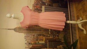 Kurzarmkleid in wunderbarem rosé