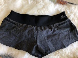 Kurze Adidas Sporthose