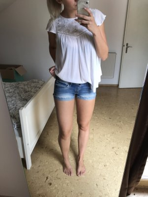 Kurze blaue Jeans Shorts