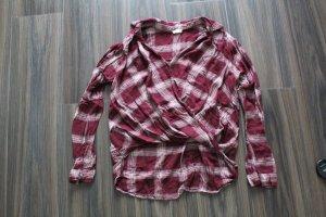 kurze Bluse mit Wickeldesign