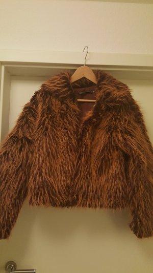 Kurze Fake Fur Jacke