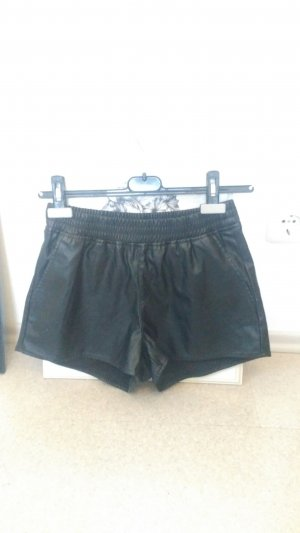 Kurze Fake-Leder Shorts