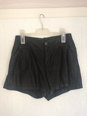 kurze Fauxleder-Shorts