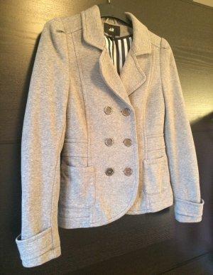 Kurze graue Doppelreiher-Jacke aus bequemem Baumwollmischgewebe
