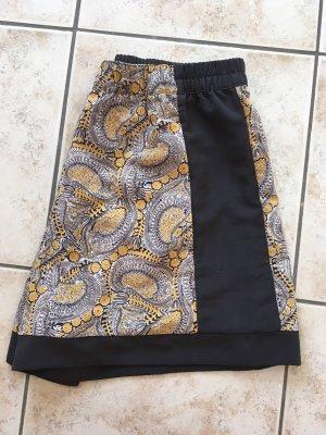 Kurze high waist Shorts