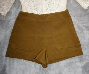 kurze, highwaist Shorts von Zara