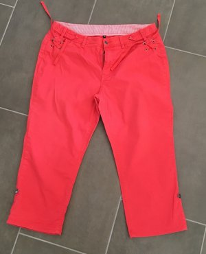 3/4 Length Trousers bright red