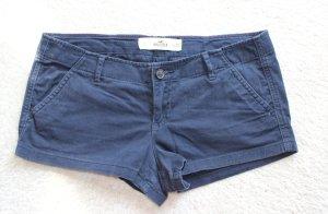 Kurze Hose in blau von Hollister