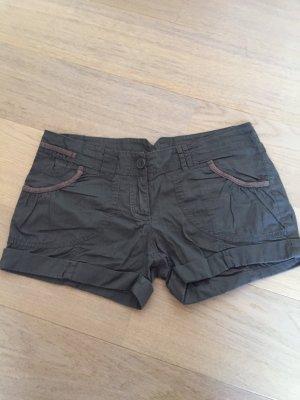 Kurze Hose Shorts Stoffhose Hotpants braun khaki Gr. M
