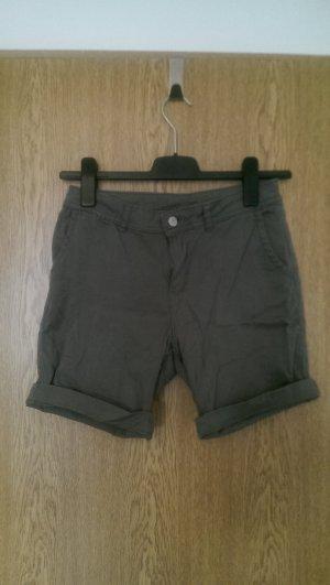 Kurze Hose/Shorts tarngrün