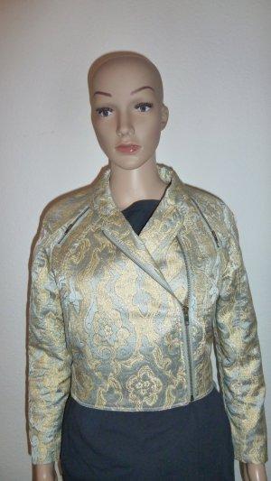 Kurze Jacke aus extravagantem Material