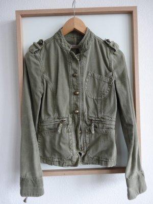 kurze Jacke im Army Style