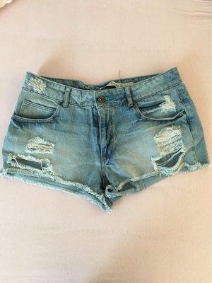 Kurze Jeans destroyed