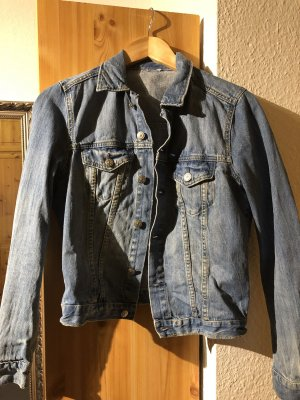 Kurze Jeans-Jacke