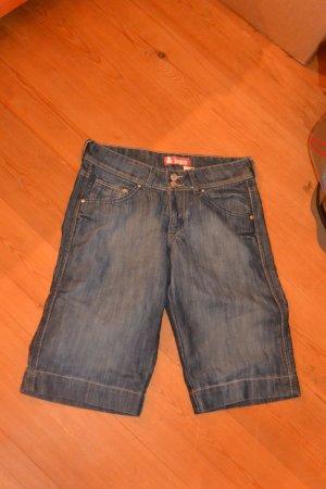 Kurze Jeans, Knielang, Gr. 38 von H&M, ungetragen