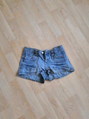Kurze Jeans Shorts