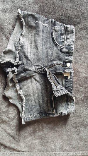 H&M Short en jean noir-gris foncé