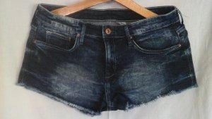 Kurze Jeans Shorts in blau