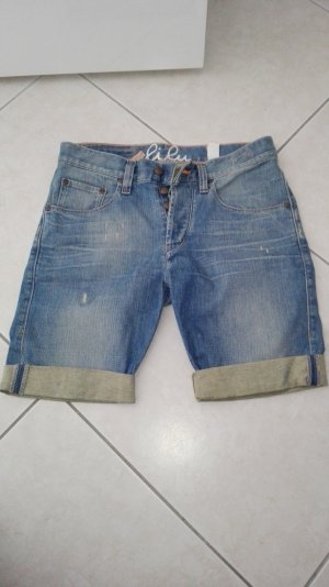 Kurze Jeans von Campus