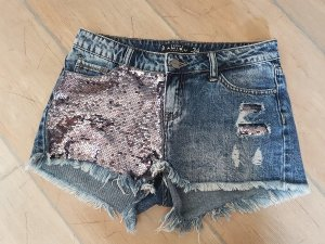 Kurze Jeanshose / Shorts mit Pailetten / Gr. 34 - wie neu!