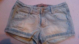 Kurze Jeanshotpant gr. 36