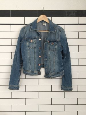 Kurze Jeansjacke im vintage Stil