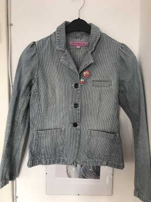 Kurze Jeansjacke mit Puffärmeln