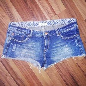 kurze Jeansshorts