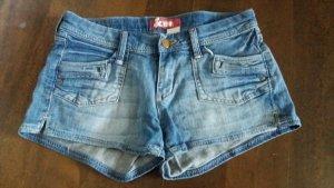 kurze Jeansshorts Gröse 38