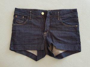 Kurze Jeansshorts in dunkelblau von H&M