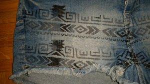 kurze Jeansshorts mit Print