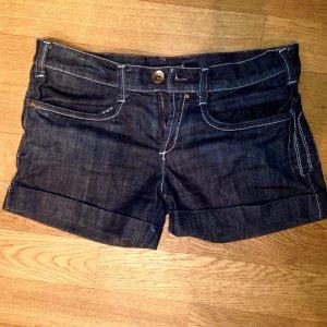 Kurze Jeansshorts von Miss Sixty