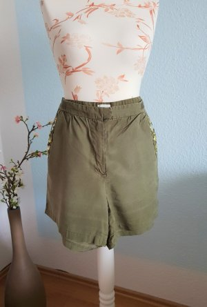 kurze khaki Shorts mit Steinchen von H&M