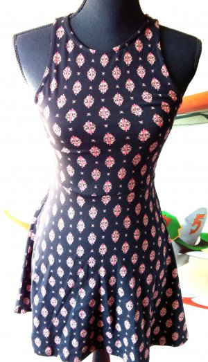 Kurze Kleid Clockhouse Gr 36/S