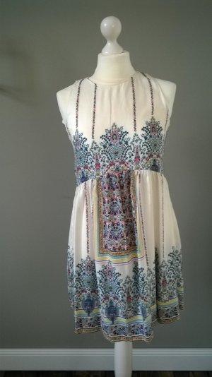 Kurze Kleid von Zara