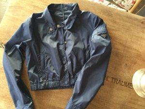 Kurze Nylon Jacke von Prada in blau