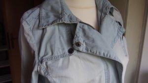 Kurze rockige Jeansjacke bleached blue