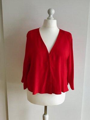 Kurze rote Bluse mit Fledermausärmeln