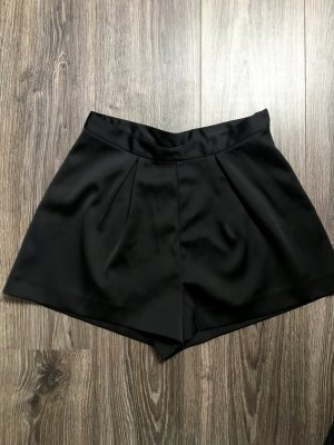 Kurze Satin Shorts!!