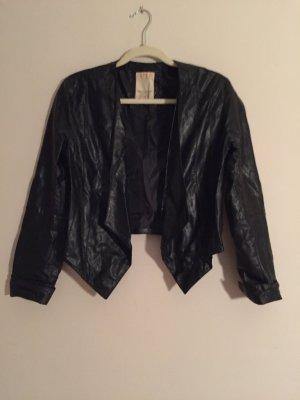 Kurze schwarze Jacke von Esprit
