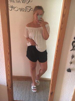 Kurze schwarze Short