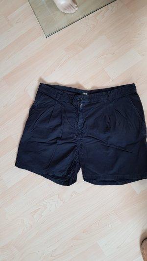Kurze Short H&M Gr 40