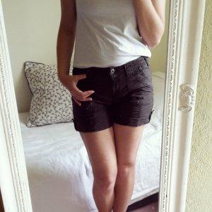 kurze Shorts braun von C&A