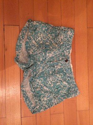 Kurze Shorts von H&M