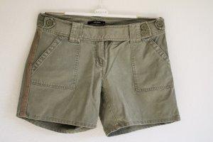 Kurze Shorts von Vero Moda Khaki