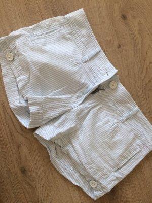 Kurze Sommerhose in hellblau weiß gestreift Gr. 36 100% Baumwolle Amisu