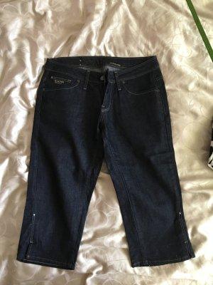 Kurze sommerliche G-Star Raw Jeans