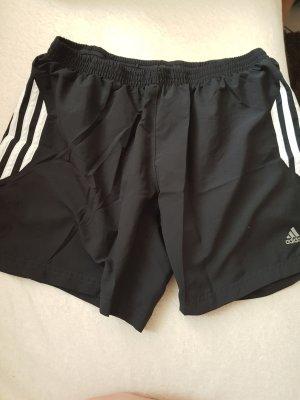 Kurze Sporthose