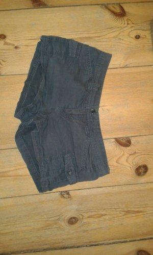 kurze, sportlich aussehende Shorts in dunkelblau